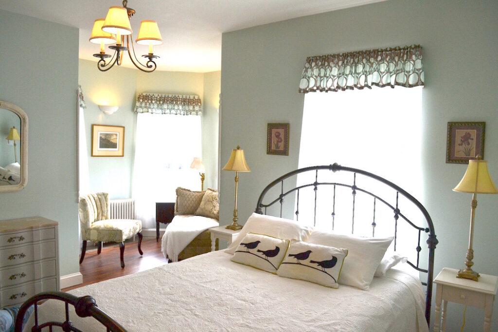 Room at the Bell House Inn